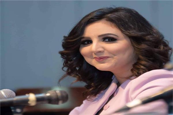 الروائية رضوى العوضي - مساعد رئيس حزب مصر الثورة