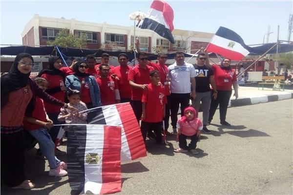 أعضاء مكتب ذوى القدرات والهمم بجنوب سيناء  يشاركون فى استفتاء التعديلات الدستورية