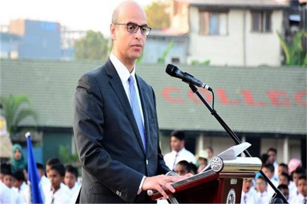 السفير حسين السحرتى