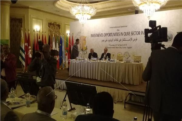 وزير الزارعة:مصر تبنت سياسات داعمة لتشجيع الاستثمار الزراعي