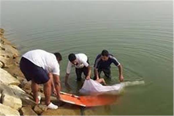 غرق طالب في النيل