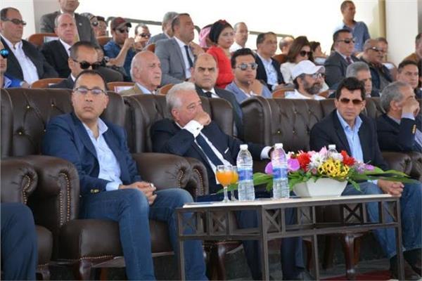 رئيس الوزراء يشهد انطلاق بطولة شرم الشيخ لسباق الهجن
