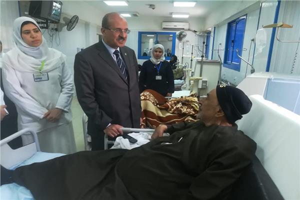 وكيل وزارة الصحة بالبحيرة يتفقد مستشفى الرحمانية