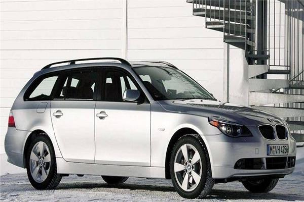 سيارة BMW موديل 2006