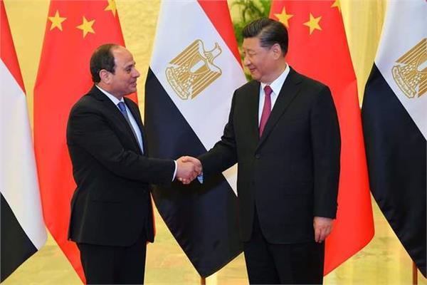 الرئيس السيسي يلتقي نظيره الصيني