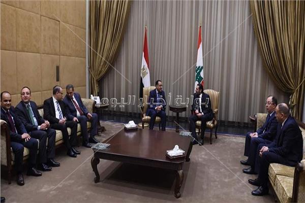 لقاء رئيس الوزراء وزنظيره اللبناني