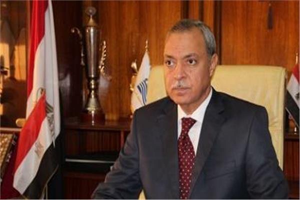 محافظ قنا عبد الحميد الهجان