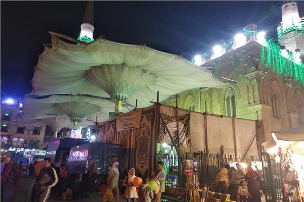 استعداد مسجد الحسين لافتتاح ملتقى الفكر الإسلامي