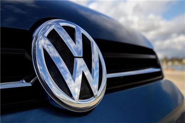 """«فولكس فاجن» تستدعي 92,6 ألف سيارة في الصين """"لمشاكل في صندوق التروس"""""""