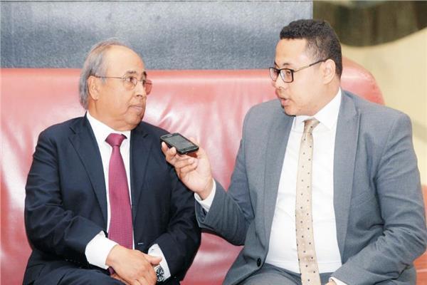 د.مصطفى الزاندى أثناء حواره مع «الأخبار»