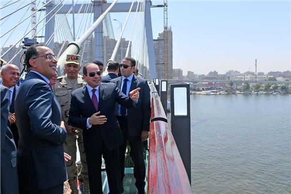 الرئيس السيسي يفتتح محور روض الفرج وكوبري تحيا مصر