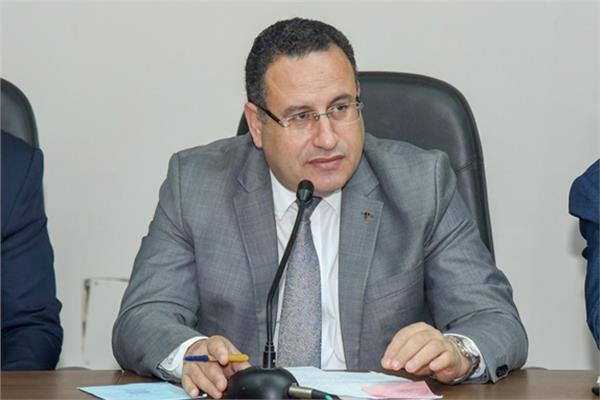 محافظ الإسكندرية د.عبد العزيز قنصوه
