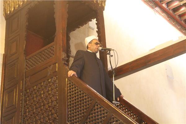الدكتور عبد الفتاح العواري
