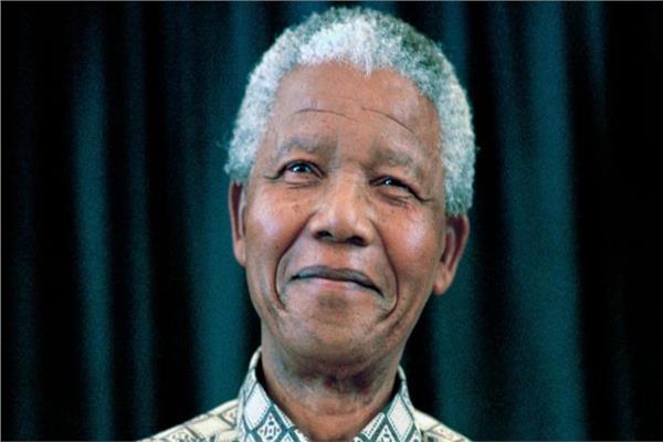 مانديلا.. رمز نضال جنوب إفريقيا للعدل والمساواة