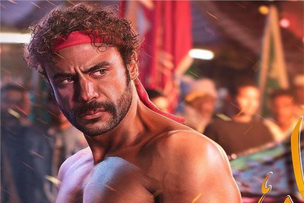 محمد إمام في مشهد من مسلسل هوجان