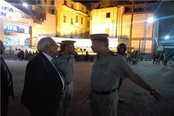 المحافظ ومدير المرور أمام كوبرى طلخا