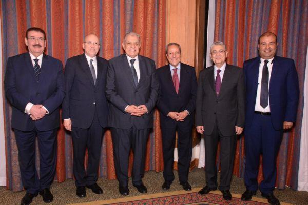 رئيس الوزراء وشخصيات عامة على مائدة إفطار منير فخري عبدالنور