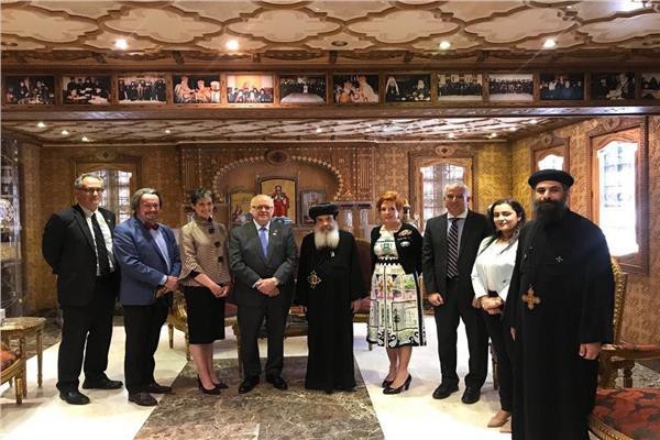 زيارة وفد مجلس الشيوخ الكندي للكاتدرائية