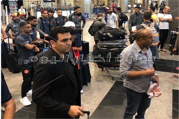 بعثة فريق نهضة بركان المغربي بمطار القاهرة