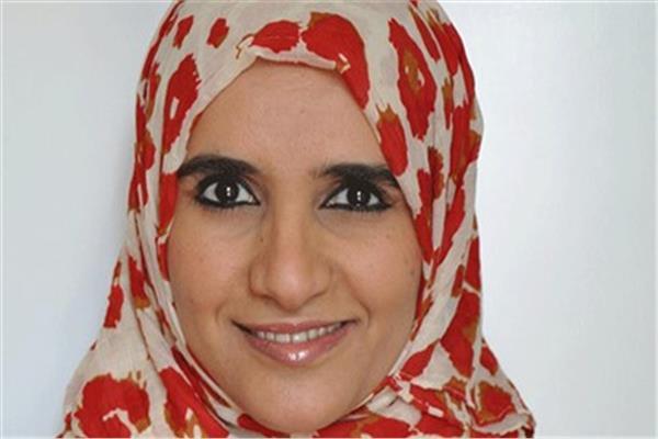الروائية العمانية الدكتورة جوخة بنت محمد الحارثية