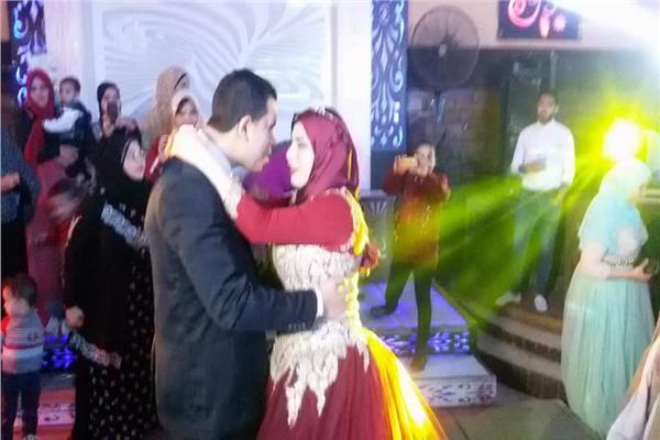 «الأذن تعشق قبل العين».. مبادرة زواج المكفوفين طريقهم لعش الزوجية