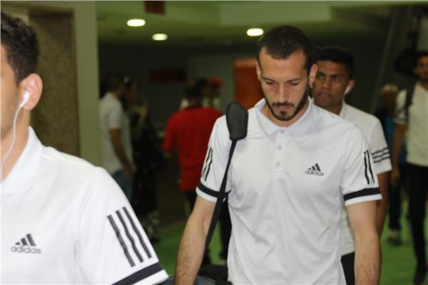 وصول لاعبي الفريقين ملعب برج العرب