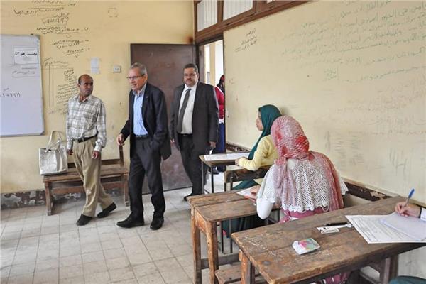 نائب وزير التربية والتعليم والتعليم الفني محمد مجاهد
