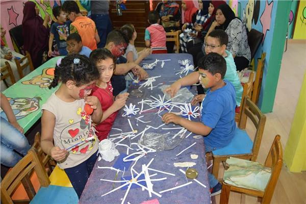 ورشة فنون تشكيلية لأطفال مركز ذوى الاحتياجات الخاصة بجامعة عين شمس