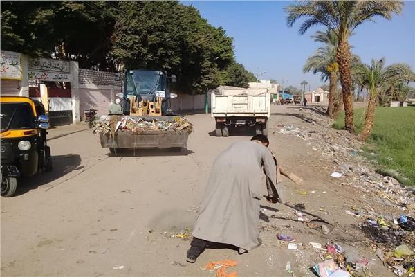 رفع المخلفات والقمامة في منفلوط