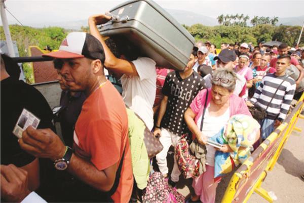 4 ملايين فنزويلي فروا إلى الخارج