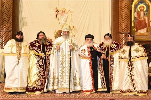 البابا تواضروس والأساقفة الجدد