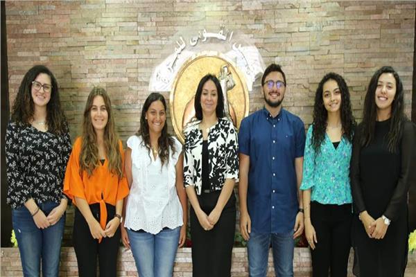 مايا مرسي تستقبل عدد من الطلاب أصحاب مبادرة «مش قصتك»