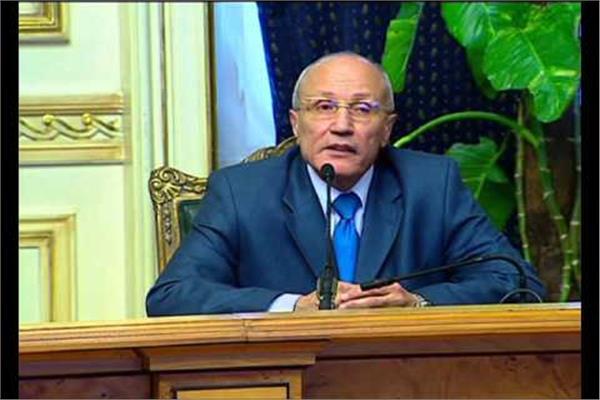 اللواء محمد العصار وزير الإنتاج الحربي