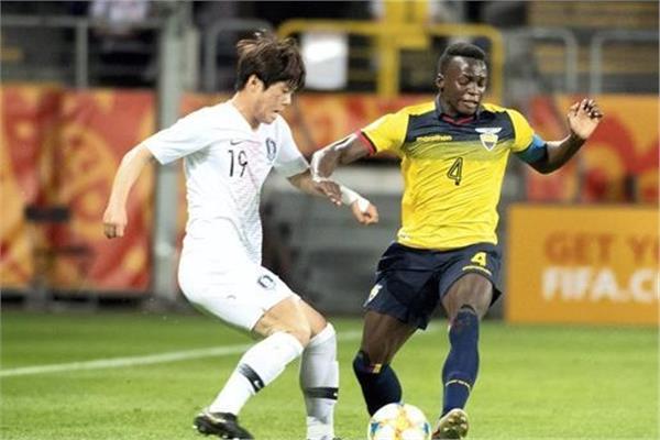صورة من مباراة كوريا الجنوبية والإكوادور