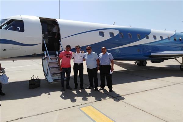 حارس مرمي ريال مدريد يغادر مطار الغردقة