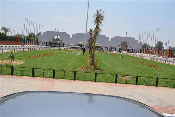 التنمية المحلية والشباب و الرياضة ومحافظ القاهرة يتابعون اللمسات الأخيرة بإستاد القاهرة