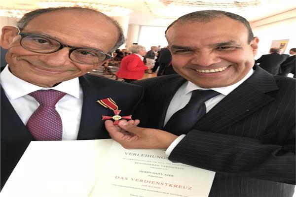 السفير بدر عبد العاطي والدكتور هاني عازر