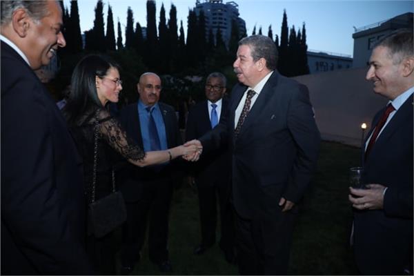 السفير المصرييستقبل مسئولينبأذربيجان في منزله