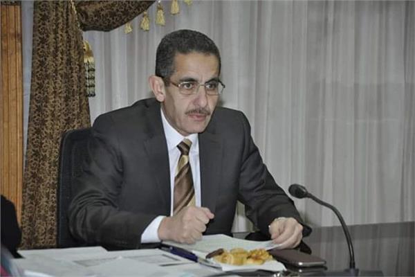رئيس جامعة القناة