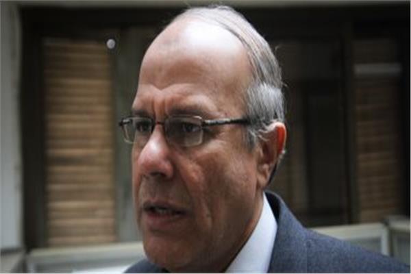 الدكتور احمد عبد العال