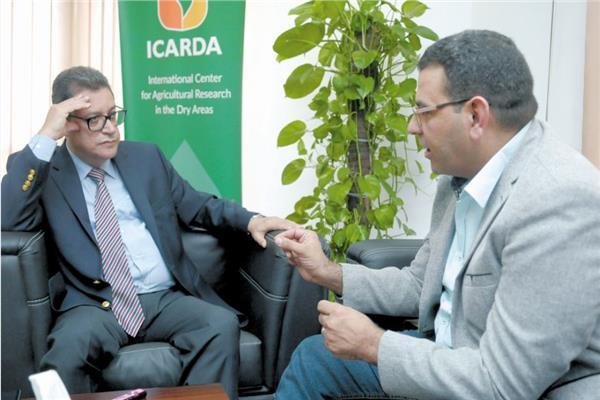 المهندس على أبو سبع خلال حواره مع محرر «الأخبار»