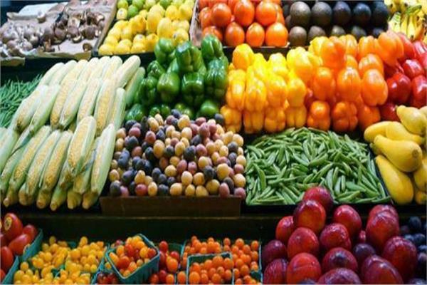 أسعار الخضروات اليوم..والليمون يسجل 30 جنيها بسوق العبور