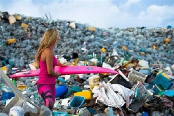 633 غواصًا يجمعون القمامة من قاع المحيط بولاية فلوريدا الأمريكي