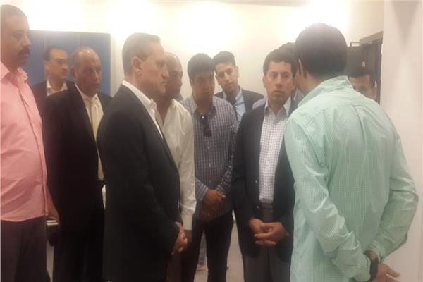 وزير الرياضة يتفقد ستاد الإسماعيلية