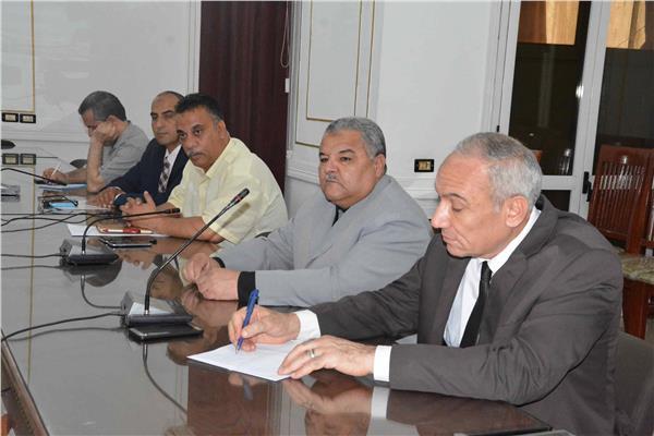 تحرير57 محضرا لأصحاب المخابز البلدية بالمنيا