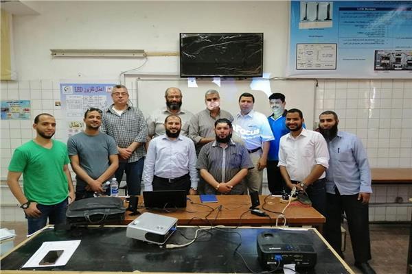 دورة المعرفة الحديثة ورشة عمل بكلية التعليم الصناعي جامعة حلوان