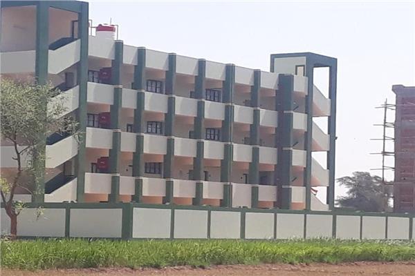 مدرسة إعدادي بقرية صنبو بديروط
