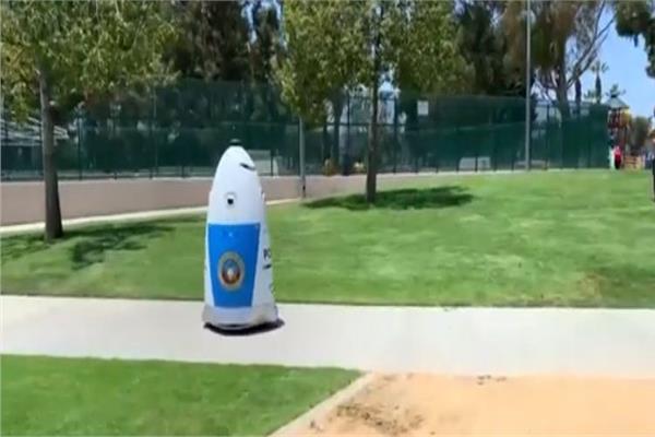 أول شرطي روبوت بولاية كاليفورنيا
