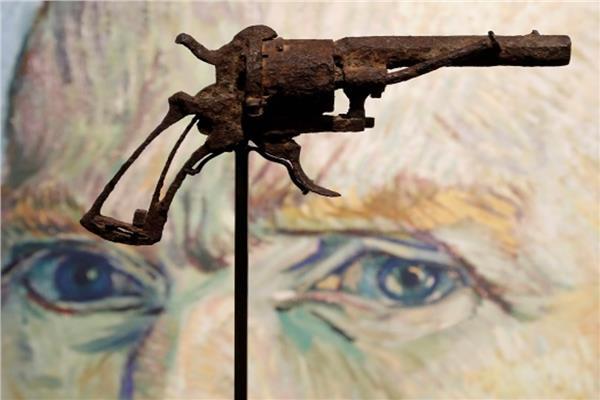 مسدس الفنان الهولندي الراحلفنسنت فان جوخ