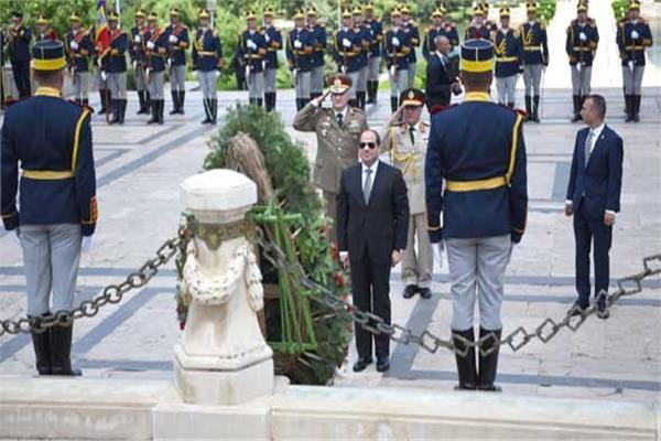 خبراء: زيارة السيسي لرومانيا انطلاقة جديدة للعلاقات السياسية والتجارية